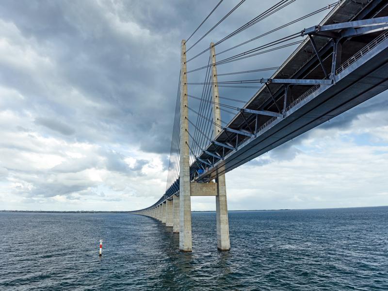 Die Brücke zwischen den Zielen zweier Partner wird aus Vertrauen gebaut.